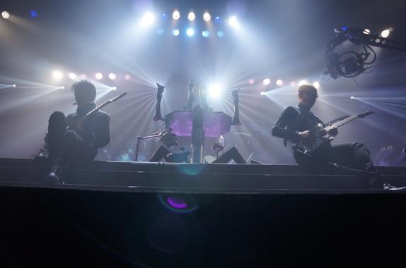 観客のリアクションによって演奏される楽曲が変わる! オーディエンス参加型ライブ「インタラクティブ・ライブ」をあなたは知っているか?