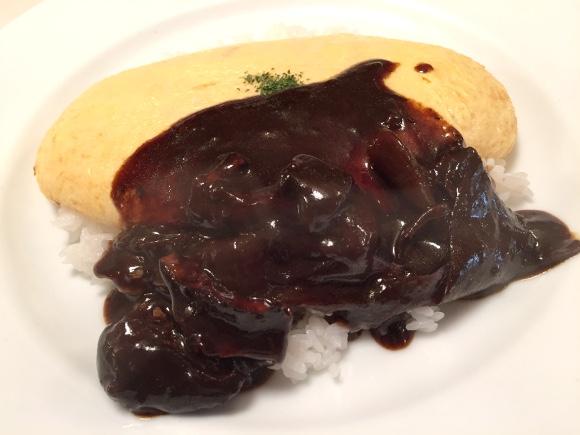 阿藤快さんが絶賛した「オムライス」を食べに行ってみた / 東京・調布『カフェバーンズ』