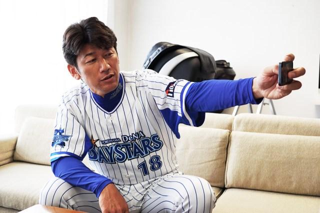 【直撃インタビュー】「ハマの番長」こと三浦大輔投手に聞いた「自撮りの極意」