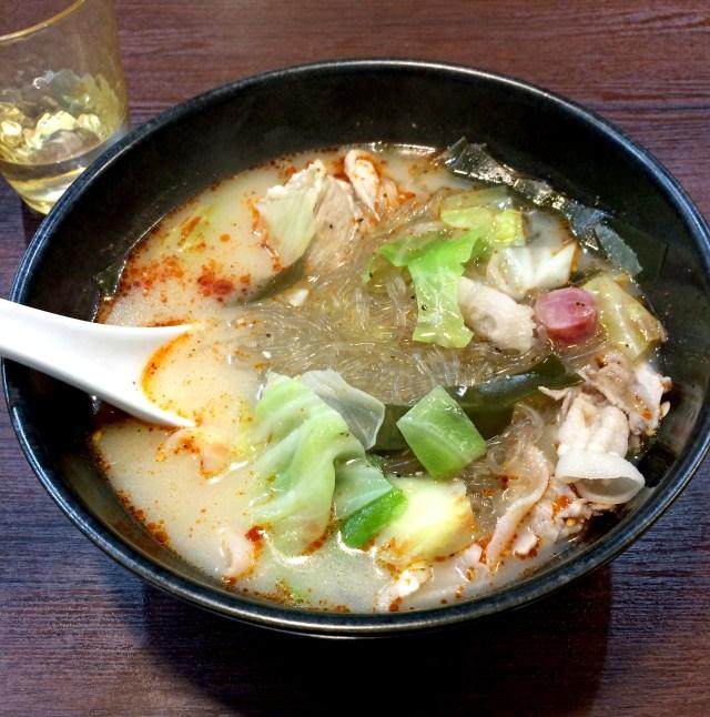 【グルメ】好きな具材を選んで自分流『麻辣湯』を作ることができる「串串香 麻辣湯」が斬新! これは味を究めたくなる!!