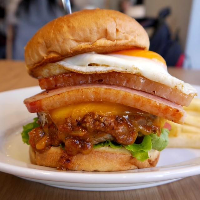 【ハンバーガー批評 第6回】グルメバーガーを提供するモスの新店「MOS CLASSIC」に行ってみた!