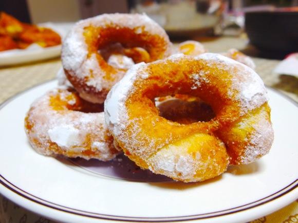 【料理苦手でもOK】知ってた? ドーナツに「マッシュポテト」を入れてみたらモッチモチで美味しいんだけど!!