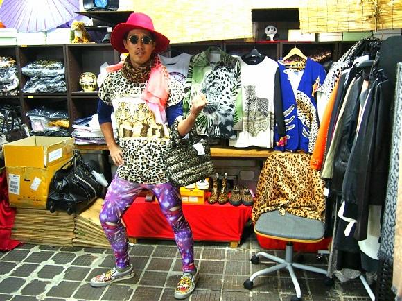 「大阪のおばちゃんが通うお店」でコーディネートしてもらったら志茂田景樹さんみたいになったでござる