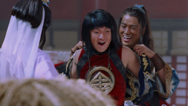 auの『三太郎』新CMがやっぱりおもしろい! 金ちゃんが長袖を買って大喜び / あったか~い「金ちゃんパーカー」もらえるぞ~