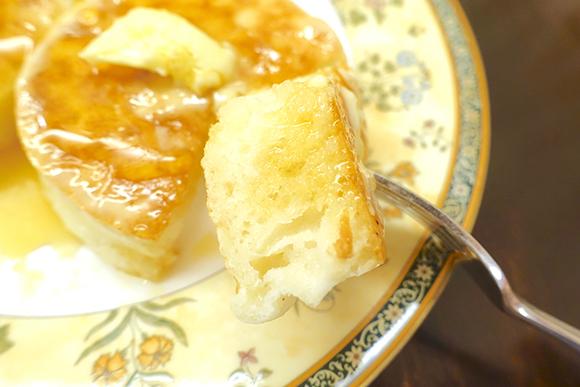 【スイーツ】パンケーキの次に流行るのは超モチモチ食感がたまらない「クランペット」だ!