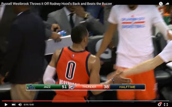 【衝撃バスケ動画】残り0.7秒! NBAで技ありすぎるブザービーターが炸裂!!