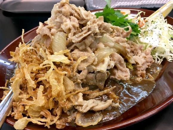 究極の肉マシマシカレーは『カレーは飲み物。』にあった!「ガリ豚ダブルトッピング」で生き様ならぬ肉様(にくざま)を見せつけろ!!