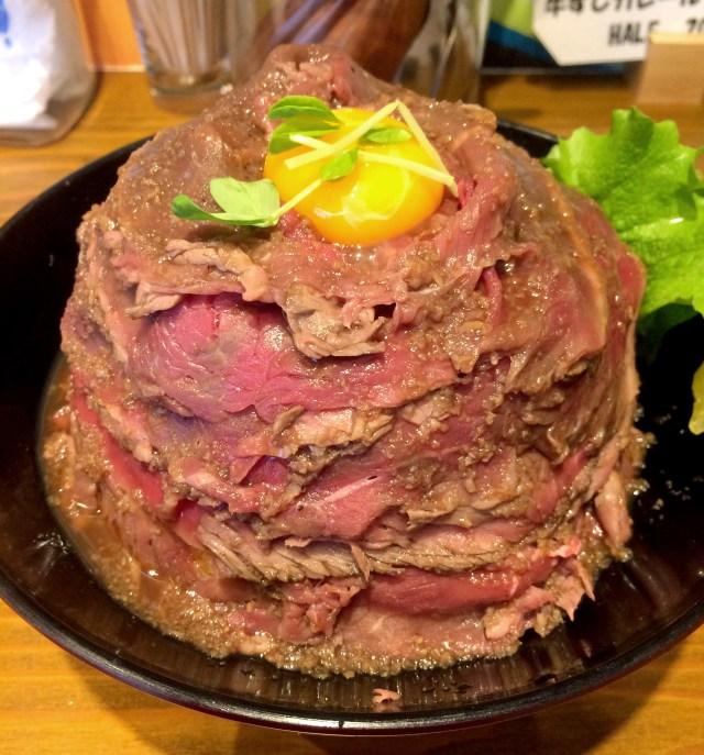 【肉好き必見】丼を埋め尽くす肉に笑いが止まらん! 東京・蒲田「the肉丼の店」のローストビーフ丼が最強すぎる!