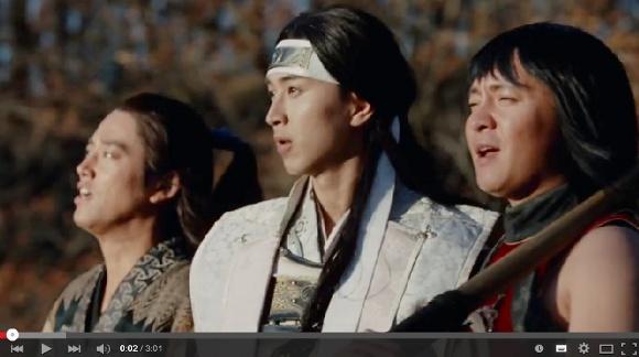 【朗報】auのCM『三太郎シリーズ』からAIさんが歌う「みんながみんな英雄」フルバージョン公開!