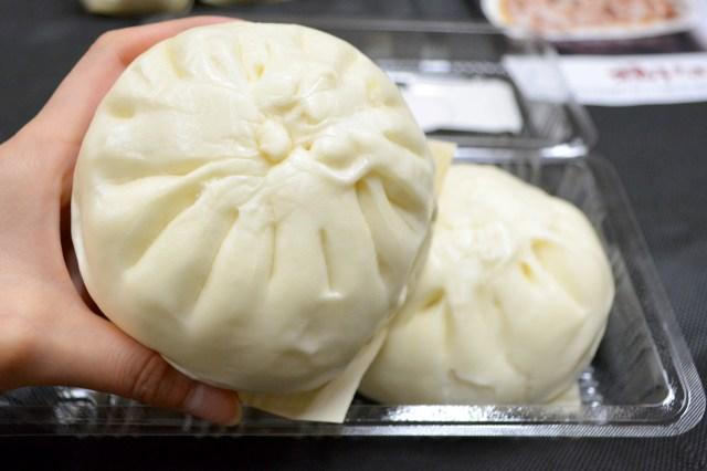 【福岡グルメ】肉汁ブシャー!! これぞ福岡が誇る至宝まん! 『揚子江』の豚まんを食べてみた