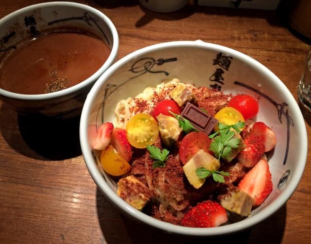 【正直レビュー】ロッテと麺屋武蔵がコラボした「つけガーナ2016」を食べてみた / 1杯にチョコレート1.5枚分は完全にやり過ぎ