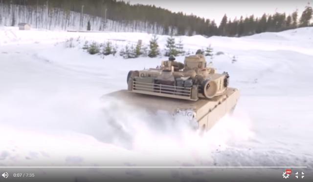 【実写版ガルパン】戦車がドリフト! アメリカ海兵隊の訓練映像が大迫力 / ネットの声「かっけえええええええ」「ガルパンかよ(笑)」