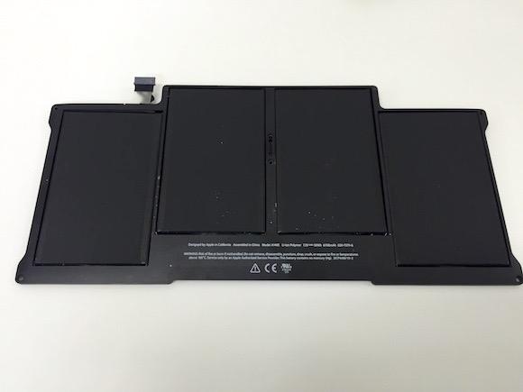 【知っ得】MacBook Air に内蔵されているバッテリー寿命の調べ方と自分で交換した際の処分方法