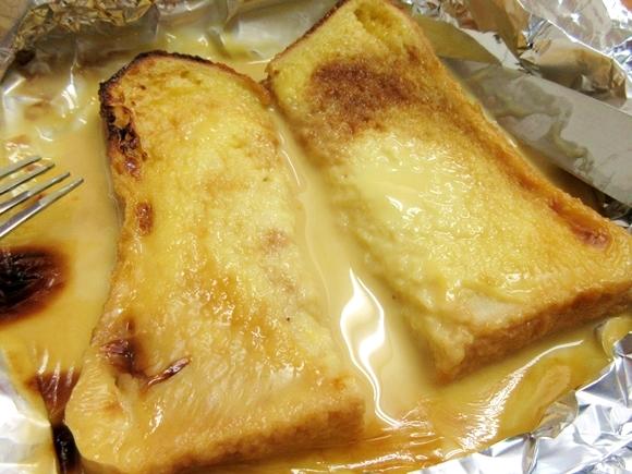 【天才の発想】プリンを食パンにのせてトースターで焼くとフレンチトーストになると話題 / 実際にやってみたら超簡単なのにウマすぎて驚愕!