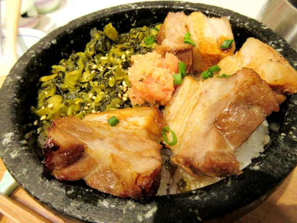 ℃-uteの鈴木愛理さんが食べたお茶漬け『角煮・明太子・高菜の博多石焼ごはん』が話題 / お茶漬けのレベルを超えちゃったウマさに感動した!