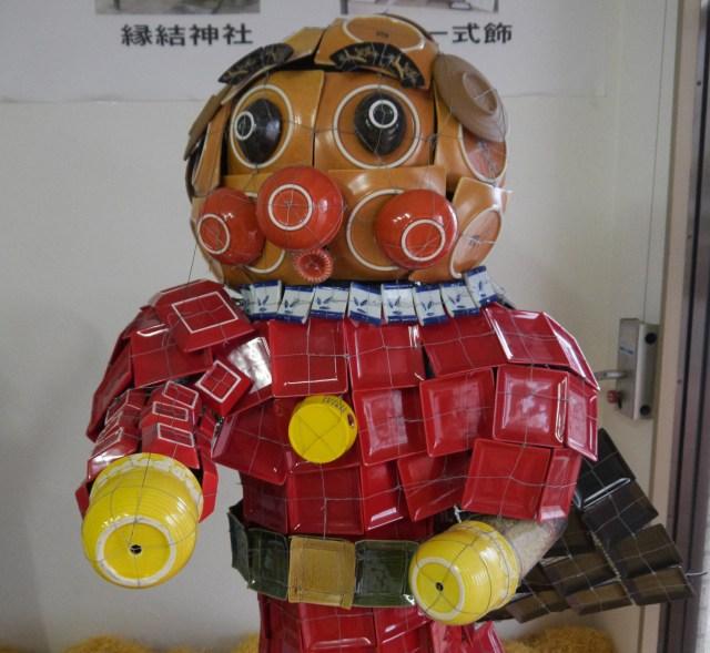 島根・出雲市の民族芸術「平田一式飾」で作られたアンパンマンがちょっとヤバい! 目を合わせるのをためらうレベル