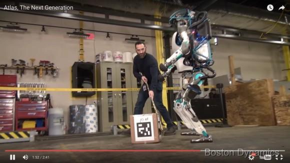 """【動画あり】Google開発のロボット「アトラス」がハンパねぇ! とにかく """"めげない"""" と話題に"""