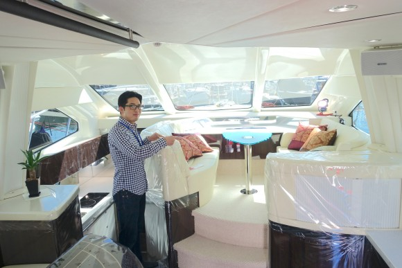 ホテルよりゴージャスな「ヤマハの最高級ボート」がお値段たったの1億3千万円ナリ!