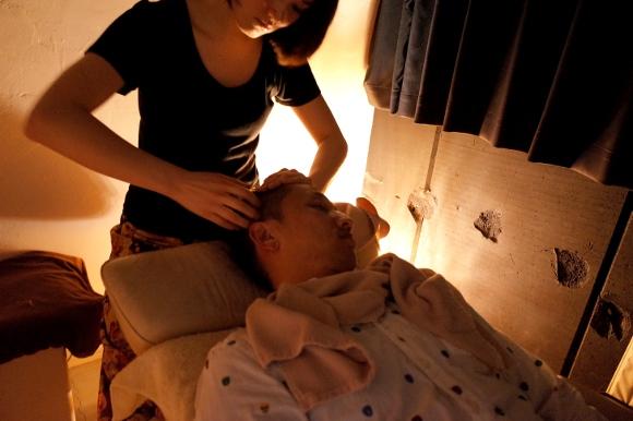 【突撃】ほぼ気絶レベルの絶頂睡眠! 日本一予約が取れないヘッドマッサージを受けてみた!! 「悟空のきもち 表参道店」