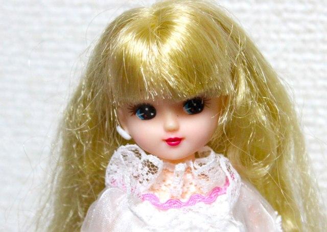 """【黒歴史なのか】リカちゃん人形には """"消息不明の姉"""" がいる! 公式サイトにも載っていない姉 ・リエちゃん / 真実は『リカちゃんキャッスル』に?"""