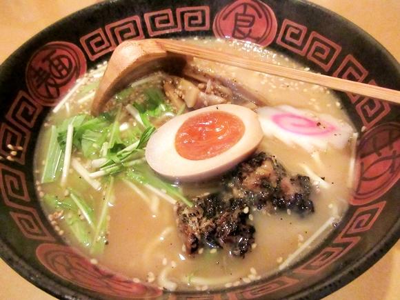 【マジかよ】うなぎ屋なのにラーメンを出す店があるらしい / 世にも珍しい『うなぎラーメン』を食べてみた! 東京・亀戸「八べえ」