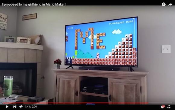 【感動動画】前代未聞のサプライズ! 海外の男性がゲーム「スーパーマリオ」を使って求婚して大成功