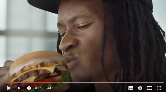 全く食べたくならない……有名ハンバーガーチェーン店の CM が絶句ものの出来
