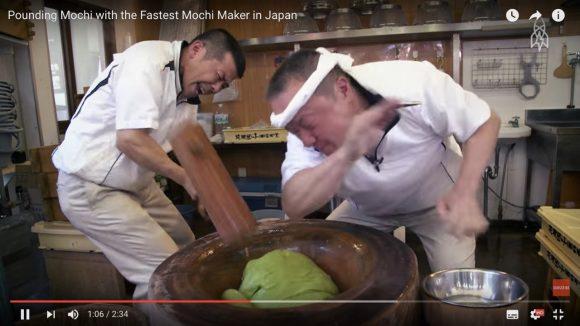 【動画あり】マッハかよ! 一秒間に3回つく「超高速餅つき」が海外で話題沸騰!!