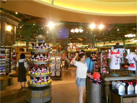 【上海ディズニー】お土産を買う際には袋も買わないと後悔するぞ!