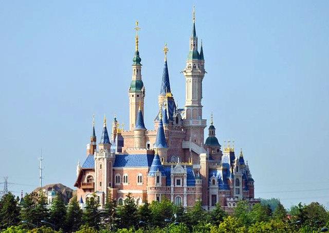 【保存版】上海ディズニーで絶対に乗るべきアトラクション5選 / 世界初が満載でワクワク!! ただしファストパスが TDL と違うから要注意だよ