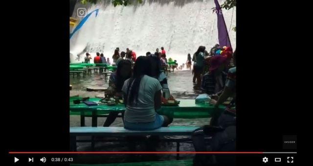 【納涼】フィリピンの「滝つぼにあるレストラン」が超涼し気~!! 食事しながら水遊びも可!