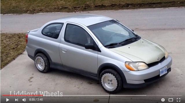 【クルマ革命】車体が横にスーッと動くだと!? カナダ発「全方位タイヤ」があれば縦列駐車も怖くねええ!