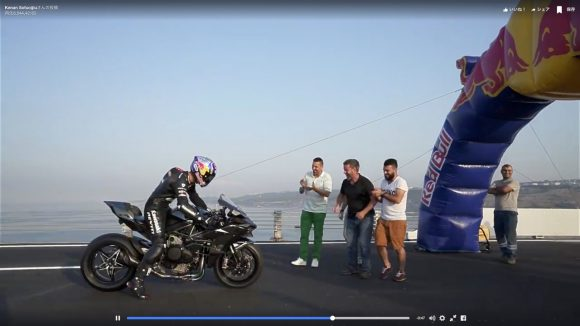 【動画】わずか26秒間で時速400Km到達! 世界最速記録を更新した日本製バイク「Kawasaki Ninja H2R」が無改造なのに速すぎる!!