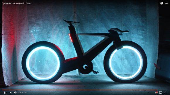 【動画あり】ホイールが夜道にボワッと光る! まるで映画『トロン』な自転車が爆誕!!