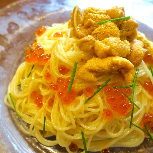 【完売必至】東京でも食べられる! 人気の「北海道塩水ウニ」を贅沢に使用した『ウニスパ』が超絶品!!