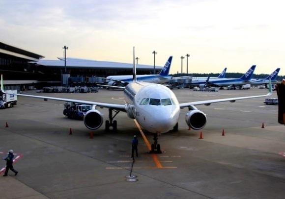 """""""旅の達人"""" たちが明かす「空港&飛行機で守りたいこと」9選"""
