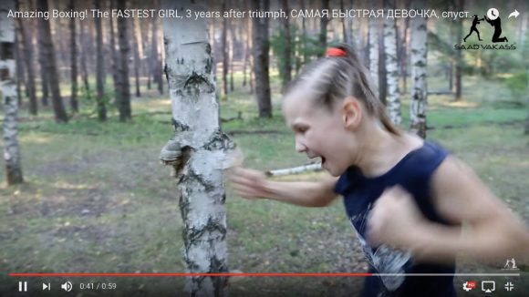 ロシアの美少女ボクサー(9歳)が素手で白樺の樹を破壊する動画がヤバイ / 1分間に100発以上ものパンチを打つ天才「エブニカ(Evnika)」ちゃん