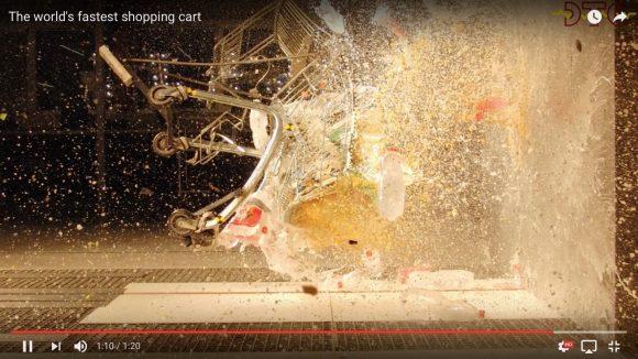 【動画】時速115キロでショッピングカートを壁にぶつけたらこうなった