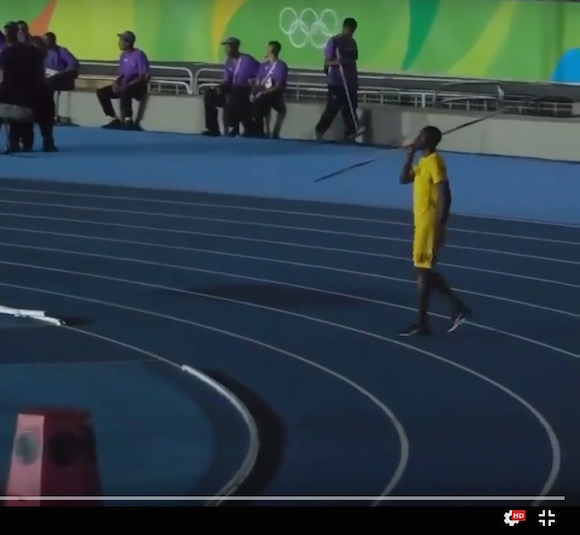 【衝撃動画】ウサイン・ボルトがやり投げに挑戦して叩き出した記録がヤバすぎる