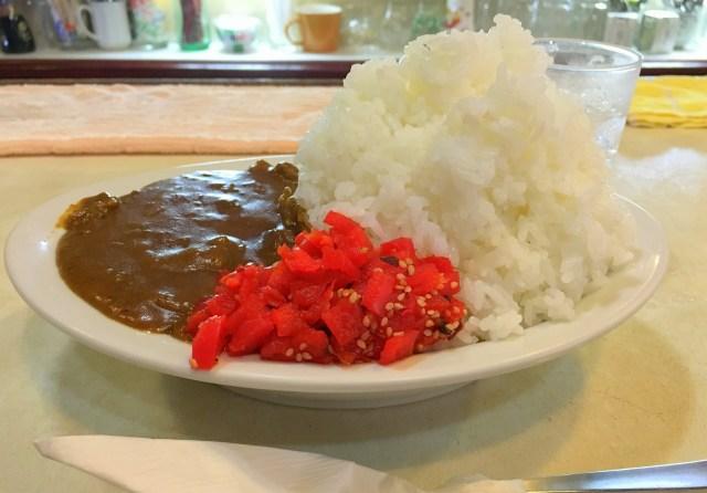 【コスパ最強】600円の並盛カレーが普通の店の超大盛サイズ! 奈良県で思い切りカレーを食べたければ『喫茶 田川』に行くべし!!