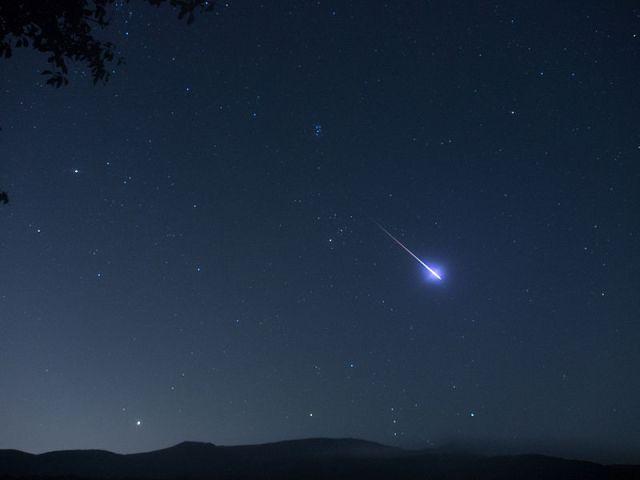 【流れ星速報】本日8/12は「ペルセウス座流星群」がピーク / 今年は大変な好条件! 2分間に1個は見えちゃうかも! 21時~に空を見てみよう