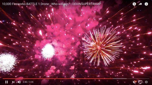 【動画】まるで流れ星のハリケーン! ドローンで撮影した「1万発の花火大会」が綺麗すぎてヤバい!!