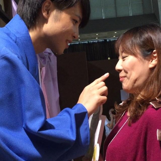 """【イケメン尽くし】東京ゲームショウ2016で """"胸キュンアクション"""" を堪能してきた / あごクイ、椅子ドンVR、恋羽織など"""