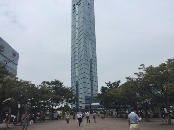 【ポケモンGO検証】レアモンスターが出現しまくると噂の「福岡タワー」に行ってみた