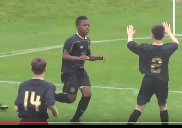 【サッカー】13歳ながらU20でデビューした天才少年「カラモコ・デンベレ」が10年に1人の逸材だとわかるスーパープレイ集がコレだ!!
