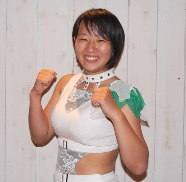 14歳にしてプロ合格! 現役女子高生プロレスラー「渡辺桃」にインタビュー 「試合前には口の中をリフレッシュ」