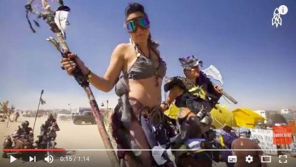 【V8】コアな『マッドマックス』ファンしか来ないイベントが超ヤバイ / 開催地は米モハベ砂漠で参加条件は「世紀末コス」