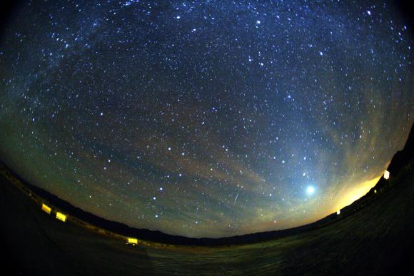 【台風のばか】10月21日夜の「オリオン座流星群」は絶望的か / 諦めるな! ハワイからネット中継やってるよっ!!
