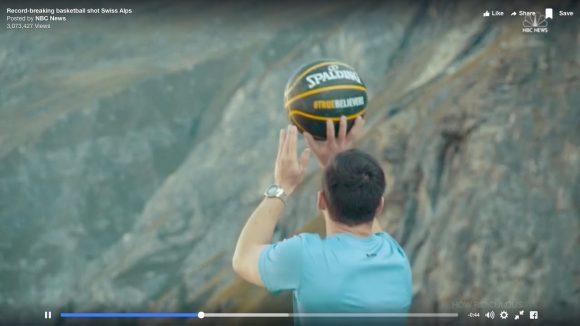 【動画】奇跡のシュート! ギネス新記録を更新した「世界最長180mのフリースロー」がコレだ!!