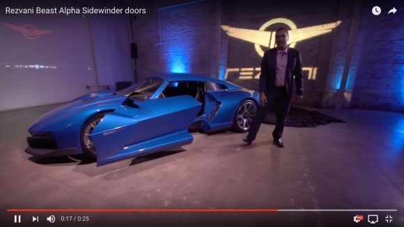 【動画あり】世界初!「前後に開閉するドア」を採用したスーパーカーが爆誕!!
